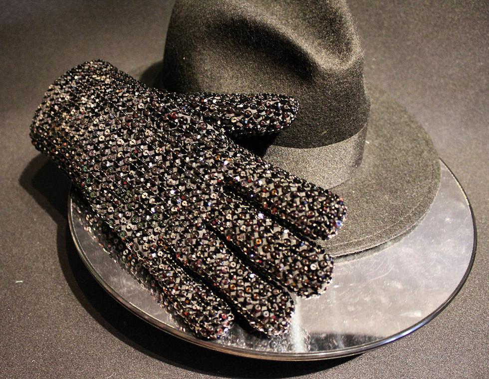 Black AMA Glove