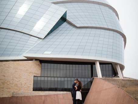 3 BEST locations in Downtown Winnipeg for engagement photos
