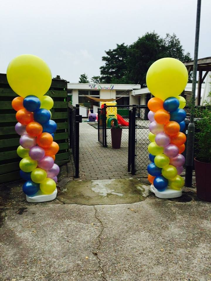 Gekleurde ballonnenpilaren