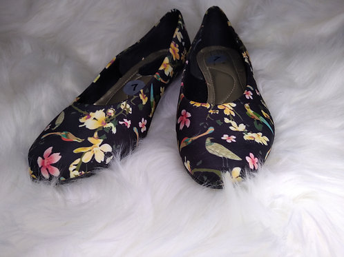'Soft Style' Size-7 Floral Flats with Kitty Heel