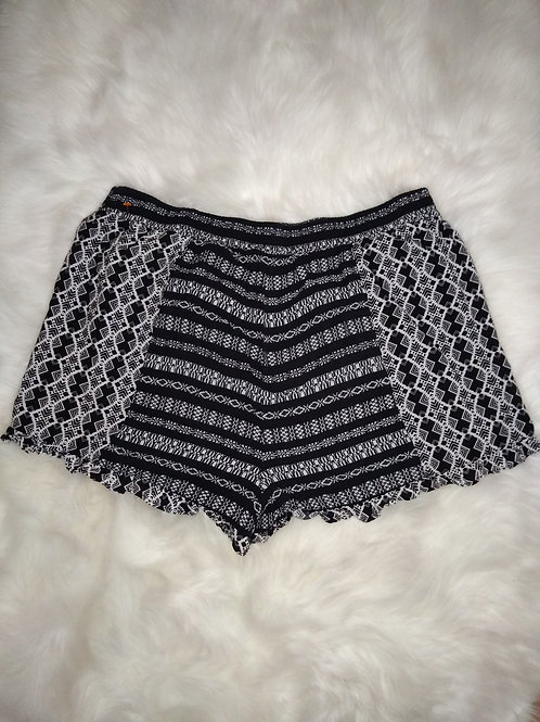 'No Boundaries' Extra Large Black and White Multi Pattern Shorts