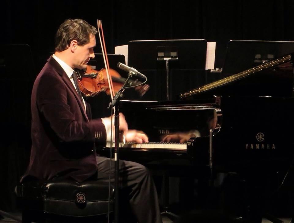 David Shenton's One Man Duet