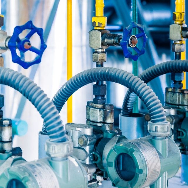To handle the strain caused by consumers, our valves are made and manufactured for industries such as electricity, natural gas, water, and sewage.