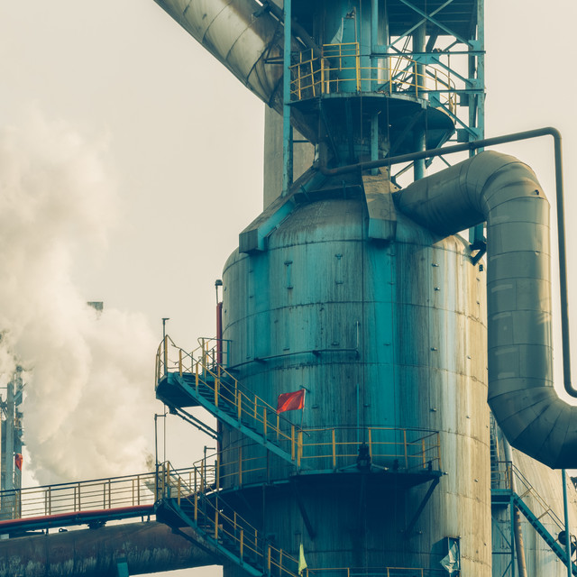 Our valves are manufactured to prevent corrosion during processes such as exploration, extraction, refining and transporting.