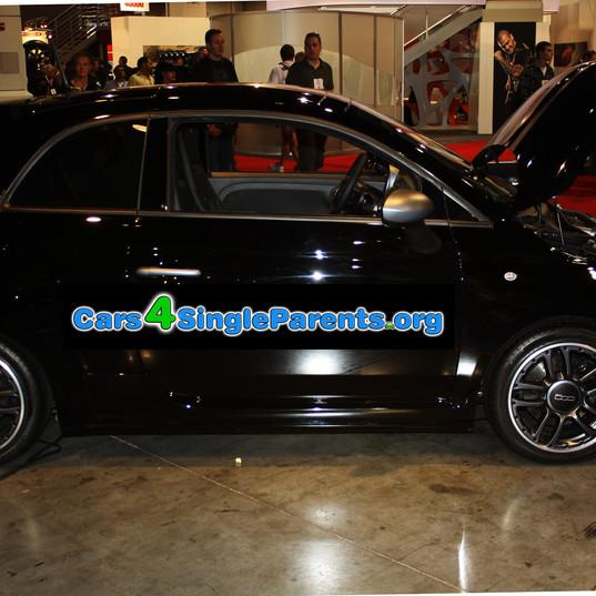 Black-Fiat-500-SEMA-2011.jpg