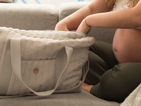 Ask a Doula - When is it the right time to go to the birth center or hospital?