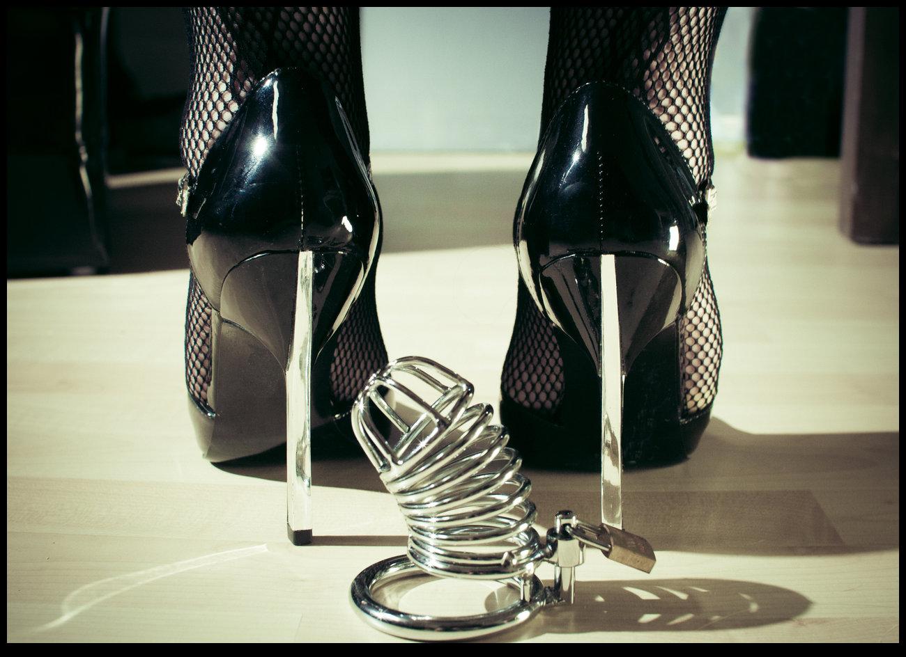 Mistress Ana