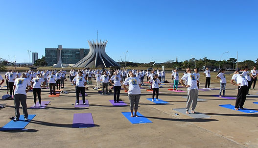 Dia Internacional do Yoga: atividades marcam a prática do equilíbrio físico e espiritual