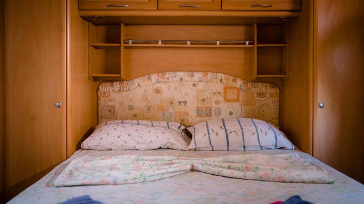 Caravans_sml_26.jpg