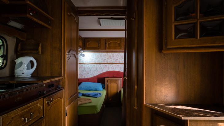 Caravans_sml_1.jpg