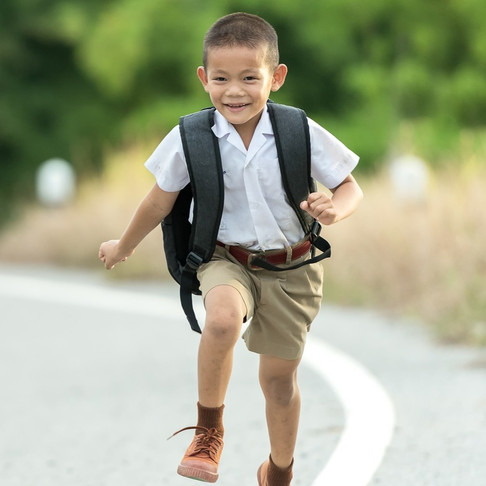 Backpack DOs and DON'Ts For        Back-To-School
