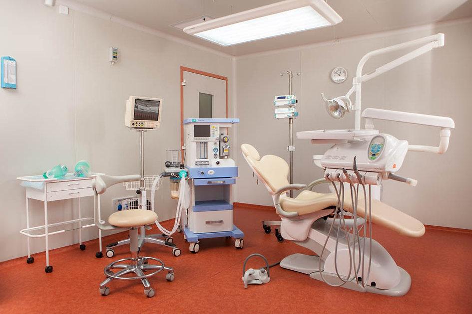 Хирургия в Стоматологии.jpg