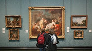 national-gallery_visitors-enjoying-the-c