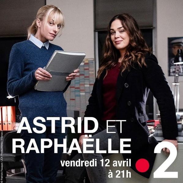 Astrid et Raphaelle.JPG