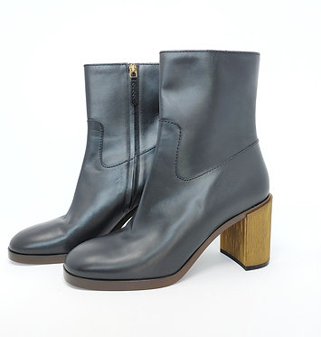 Gucci Black Leather Heeled Bootie 40