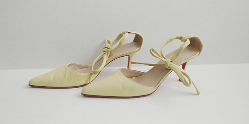 Christian Louboutin Pale Yellow Wrap Around Pointed Kitten 39 1/2