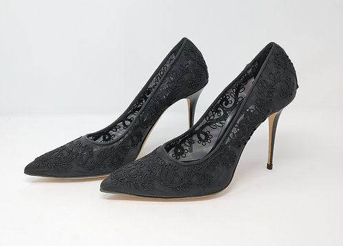 Manolo Blahnik Black Lace Pump 40