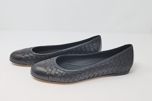 Bottega Veneta Black Woven Flats 39 1/2