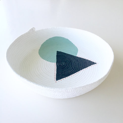 Designs by Winston. Large Rope bowl CIRCLE series