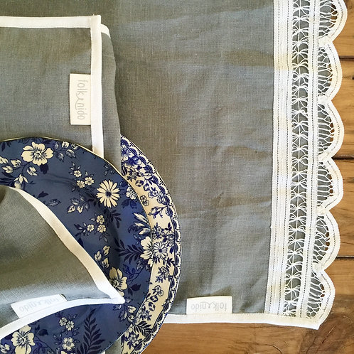STONE LACE table runner + napkins