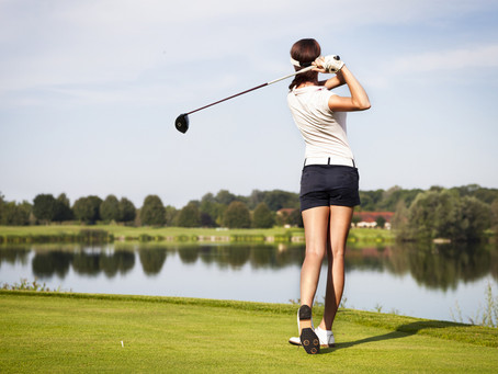 How to Swing a Golf Club For Beginners. And in 5 Steps.