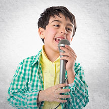 Kid singing over textured background_