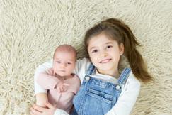 newborn foto grote zus