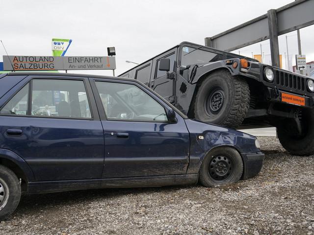 Hummer vs. Skoda