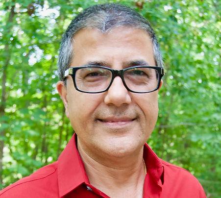 Samrat Upadhyay (fiction instructor).jpg
