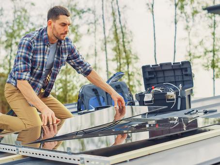 O que é e como funciona um kit de autoconsumo solar?