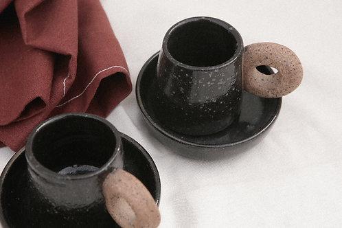 xícara preta