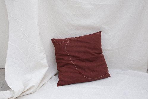capa almofada marrom pesponto