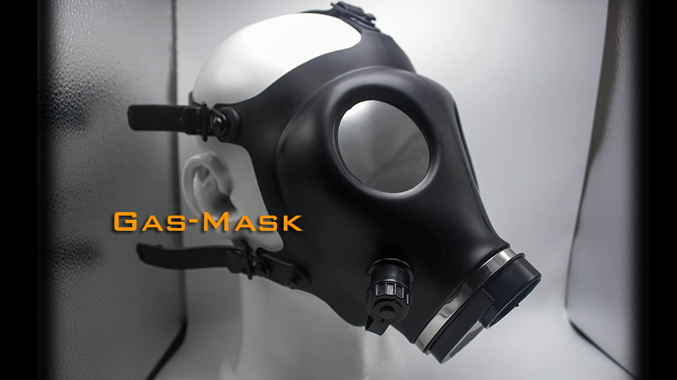 Gas Mask - Choose the color of glasses