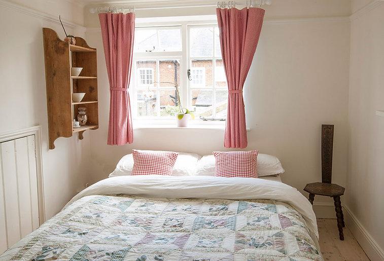 Bedroom declutter after.jpg