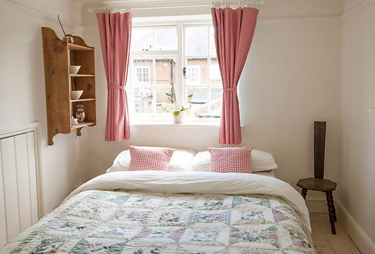 HSA3SpareBedroomSussexPropertyStyling.jp