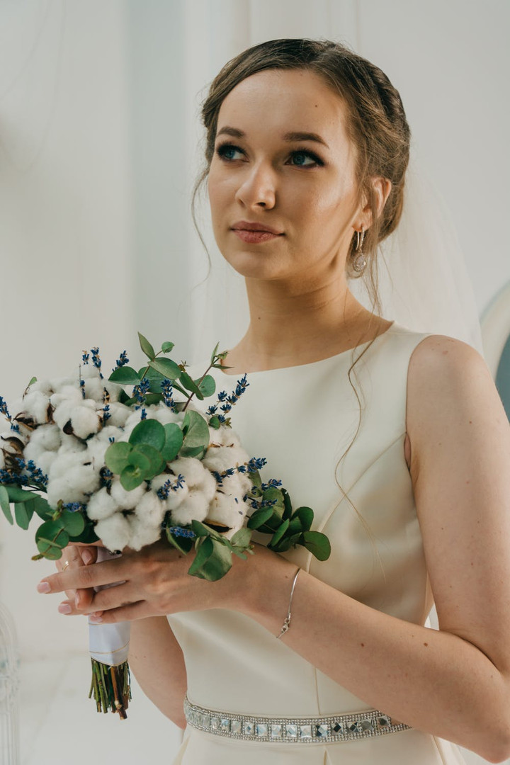 Satin Wedding Dress with crystal belt Mo