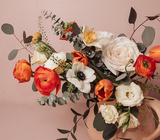 Peaches & Cream | Fresh Flower Bouquet