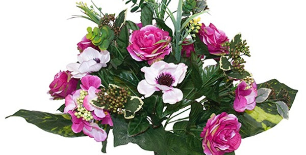 Anemones and roses bouquet