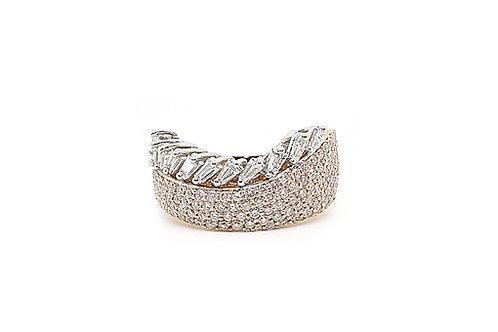 Baguette & Round Brilliant Cut Diamonds 2 Tone Gold Ring