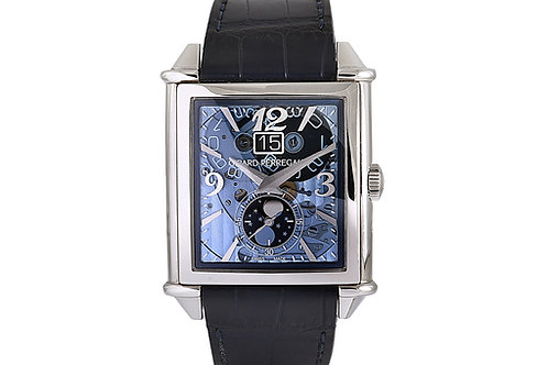 Girard Perregaux Vintage 1945 XXL Moonphases 36.1mm Steel