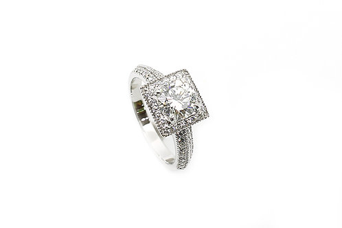 Designer Solitaire Round Brilliant Cut Diamond and Gold Ring