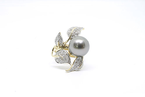 Black South Sea Pearl Diamond Leaf Ring