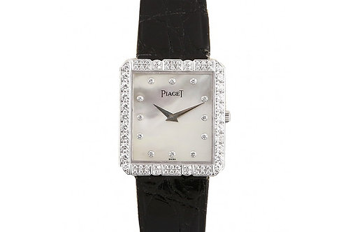 Piaget Vintage Dress Mother of Pearl Diamond Dial 22mm White Gold & Diamonds