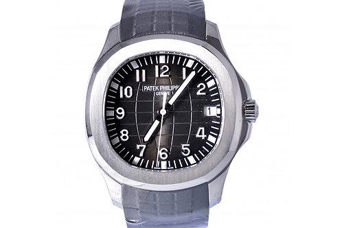 Patek Philippe Aquanaut Black Dial 40mm Steel
