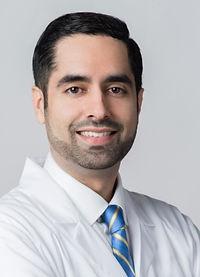 endoscopic spine surgeon.jpg