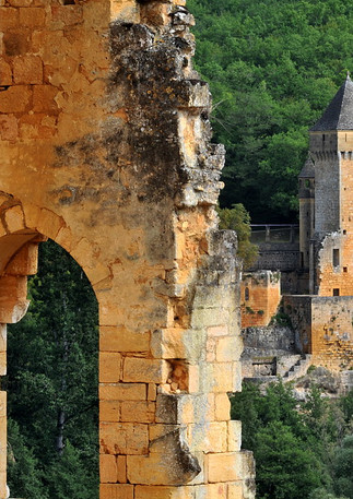 Etude de Positionnement du Chateau de Commarque