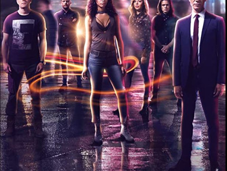 Travelers TV Series Review - Welcome to the 21st