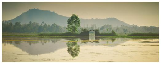 11. Dal Lake.jpg
