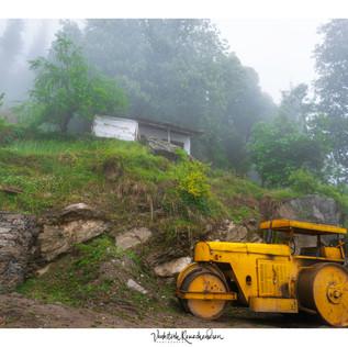 Jibhi the misty view.jpg