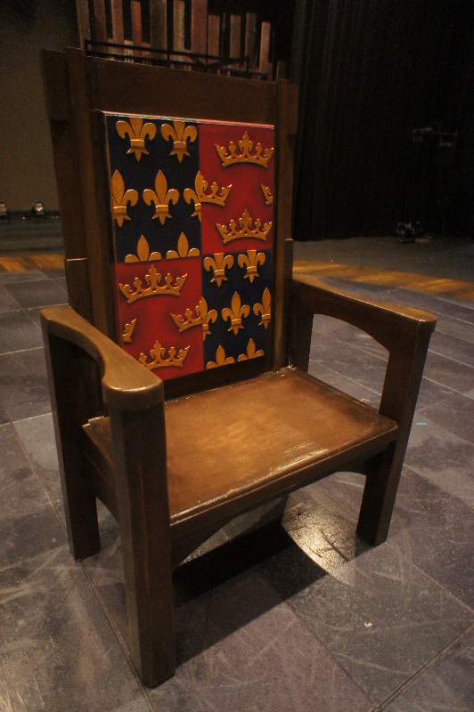throne insert